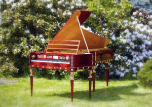 Decor piano Paul McNulty